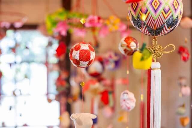 ひな祭りに飾る『つるし飾り』のイメージ画像