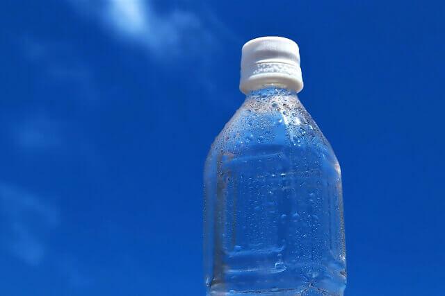 熱中症対策の水分補給イメージの画像
