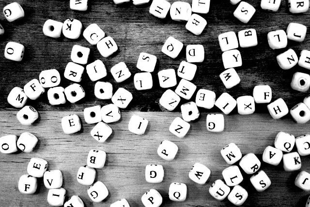 アルファベットをイメージした画像