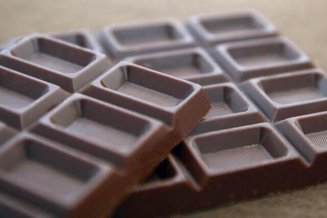 板チョコレートのイメージ画像