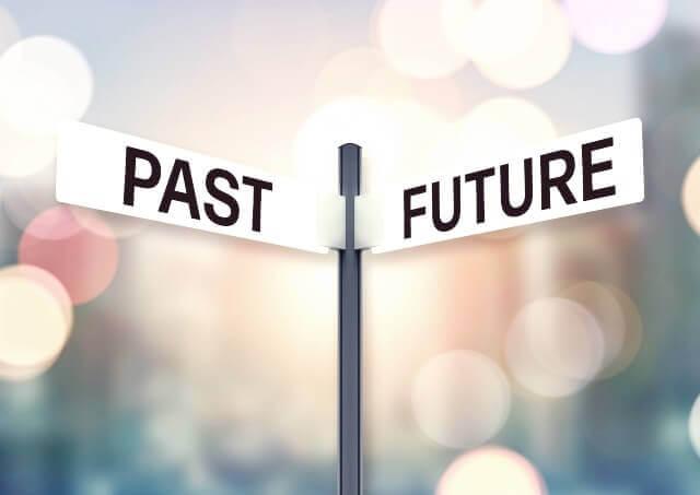 過去と未来のイメージ画像